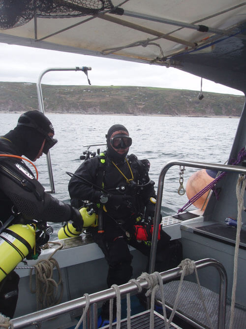 Ady and Martin ready to dive.